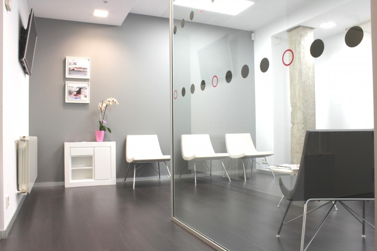 Clínica Dental Pereda - Instalaciones - Sala de espera